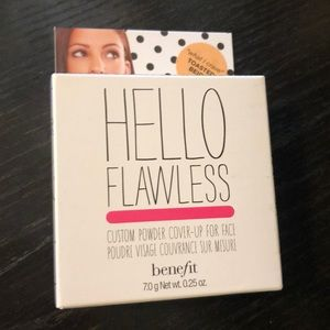 Benefit powder foundation.